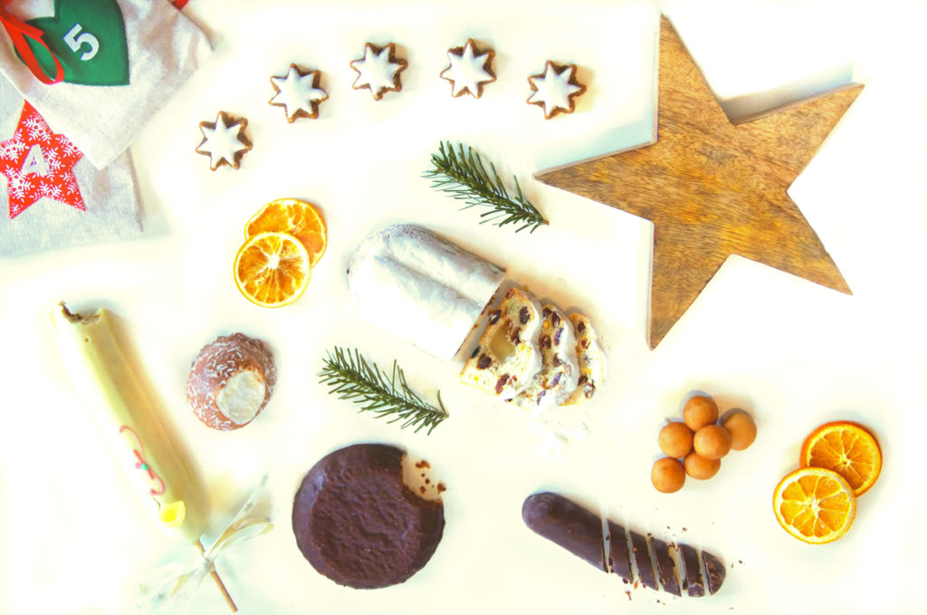 The smell of pine trees, magic Xmas vibes and liters of mulled wine... Our delicious guide to German Christmas food and treats!
