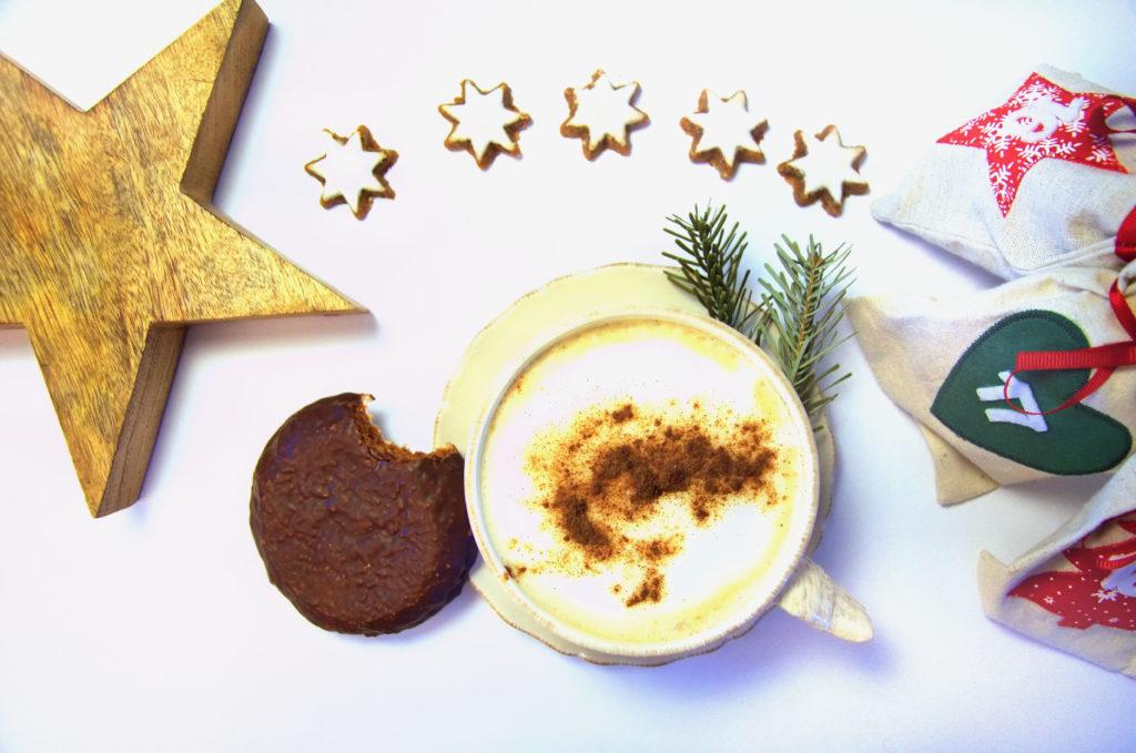 Zapach choinki, tysiące światełek, magiczna atmosfera Świąt i Glühwein... Niemieckie słodycze świąteczne to coś, czego trzeba spróbować!