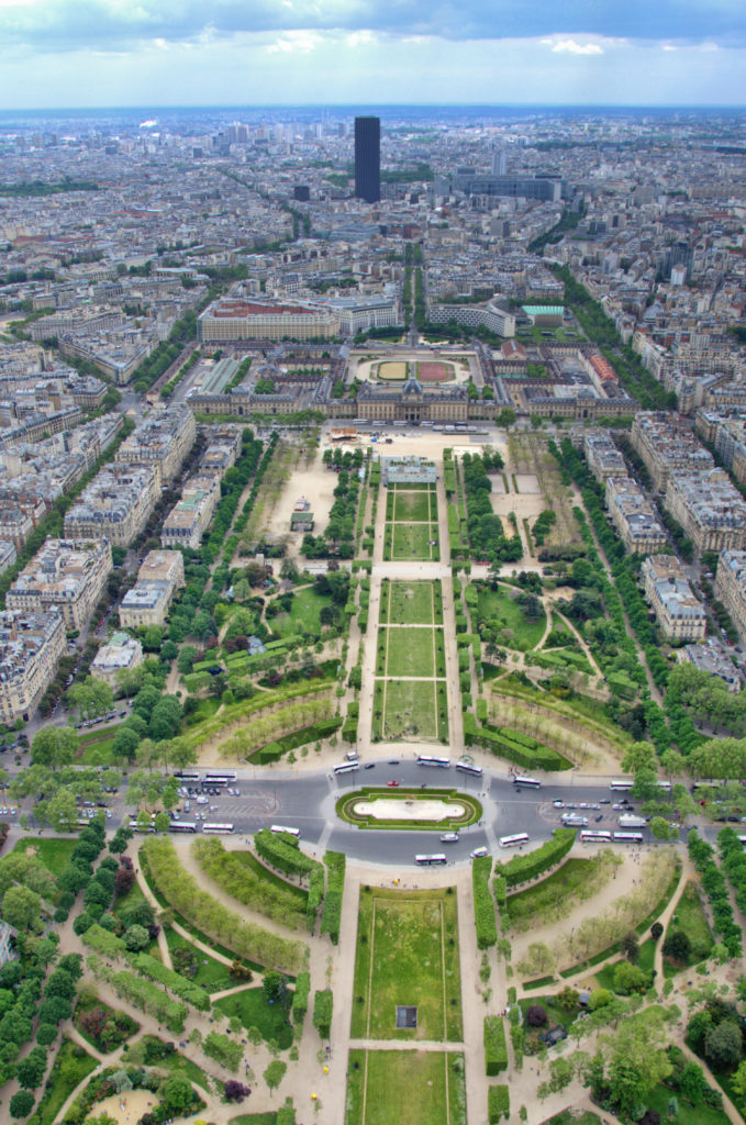 How to add a bit of romance to your trip to Paris? Most romantic things to do in Paris - not only for couples!