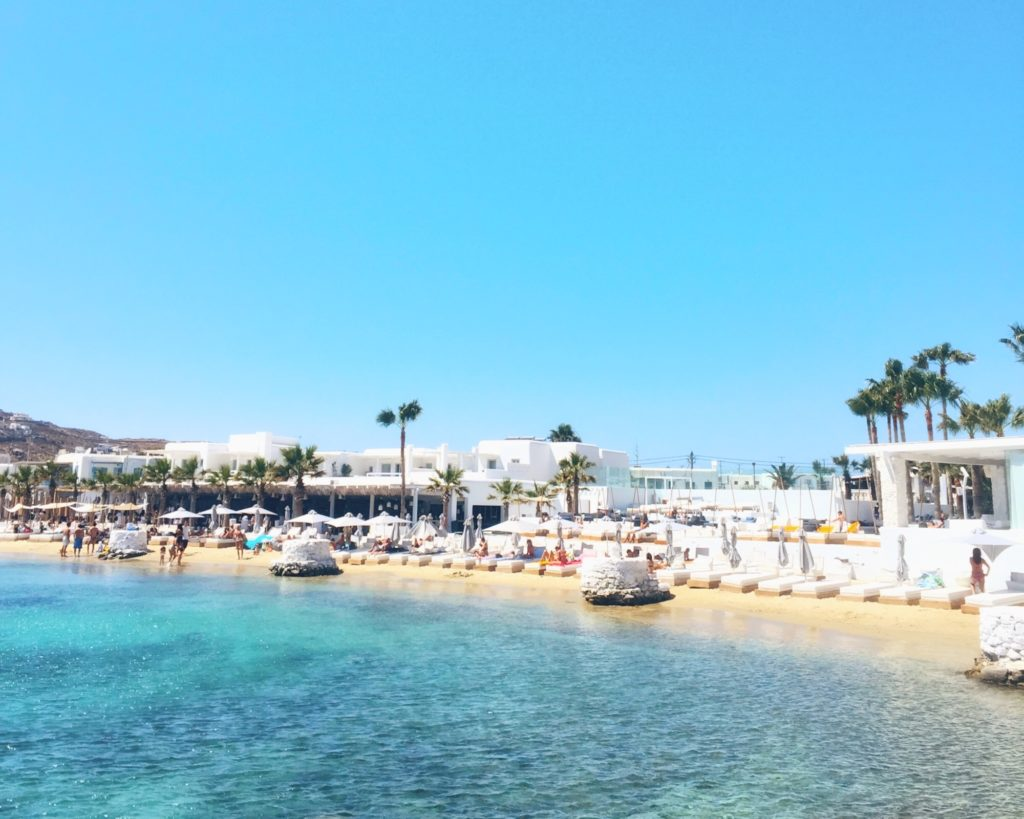 Best things to do in Mykonos. Mykonos is not only celebrities and all-night parties. This Greek island has much more to offer.