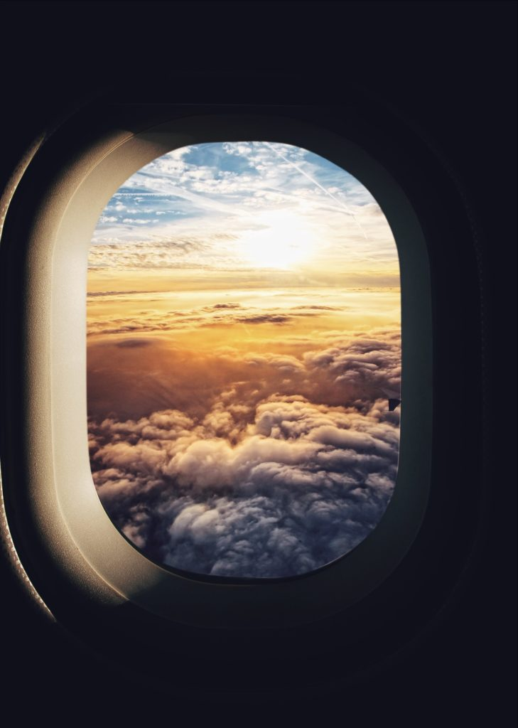 What to avoid when flying? What to do for stress-free flights? Learn from the mistakes of frequent travelers!