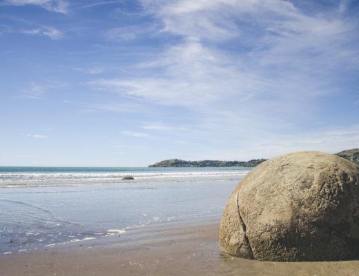 Gdzie zobaczyć Moeraki Boulders? Sprawdźcie, gdzie spotkać skalne olbrzymy!