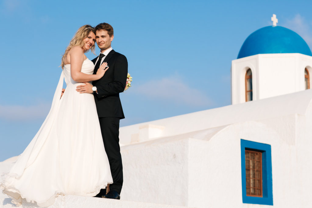 Dreaming of Santorini wedding? Still stressed about destination weddings? Read our story, how we organized an amazing wedding in Santorini.