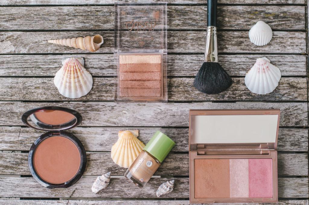 Summer essentials - bronzing powder